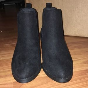 ASOS wide fit Chelsea boot